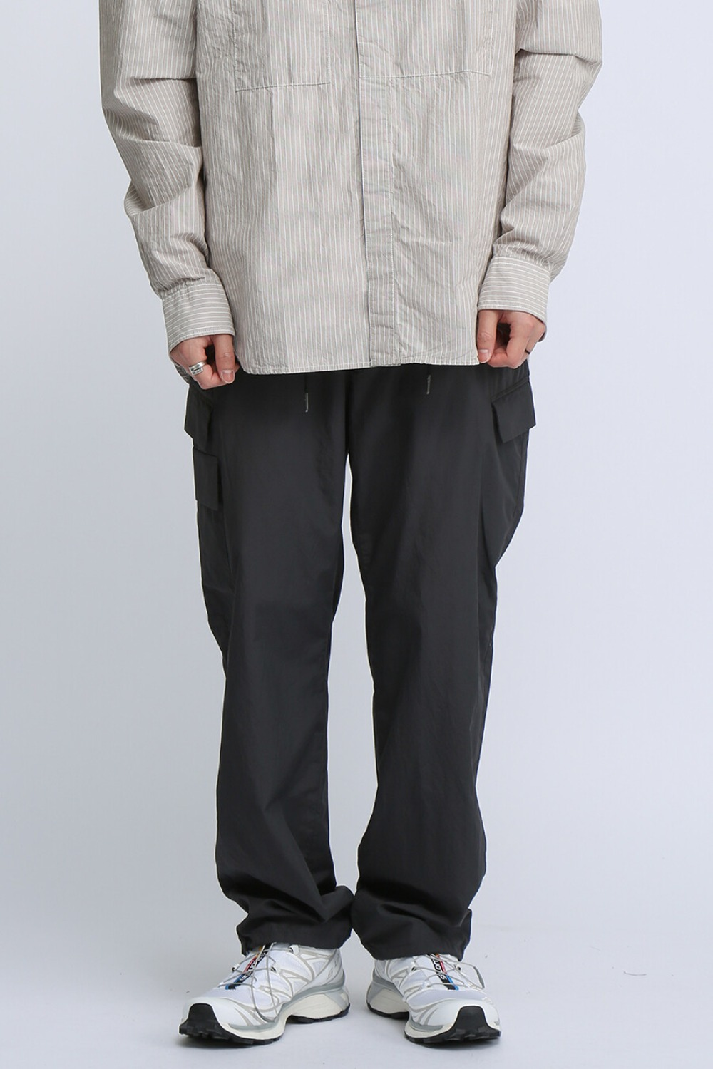 UTILITY FLAP POCKETS PANTS CHARCOAL