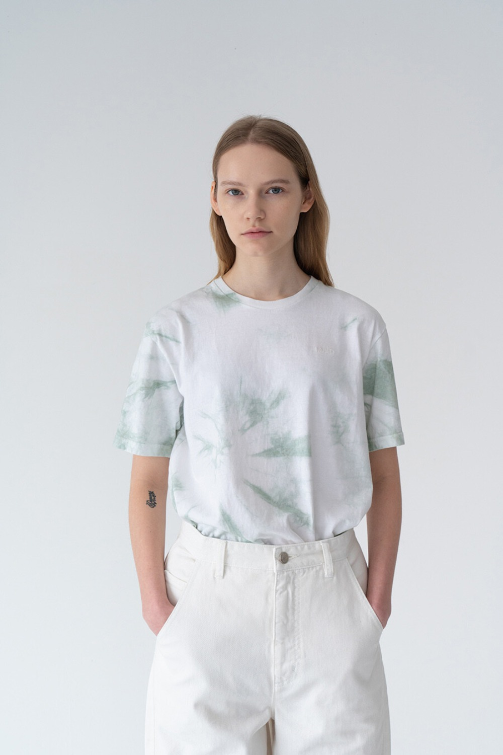 HAND TIE-DYE T-SHIRT WHITE+ MINT