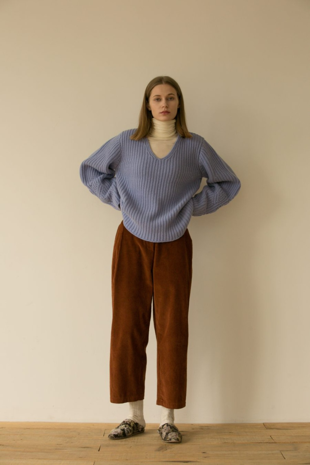 SALENA TUCK PANTS BROWN CORDUROY