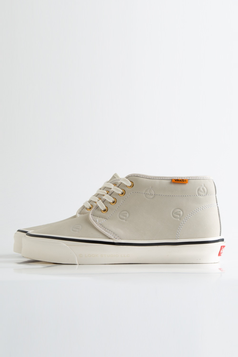OG Chukka Boot LX(LQQK STUDIO) circle V/cream