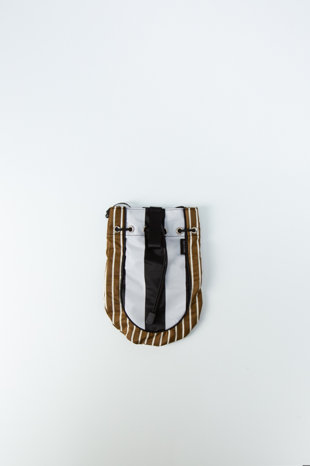 BEHIND THE STRIPE CONCHO BAG BROWN/WHITE