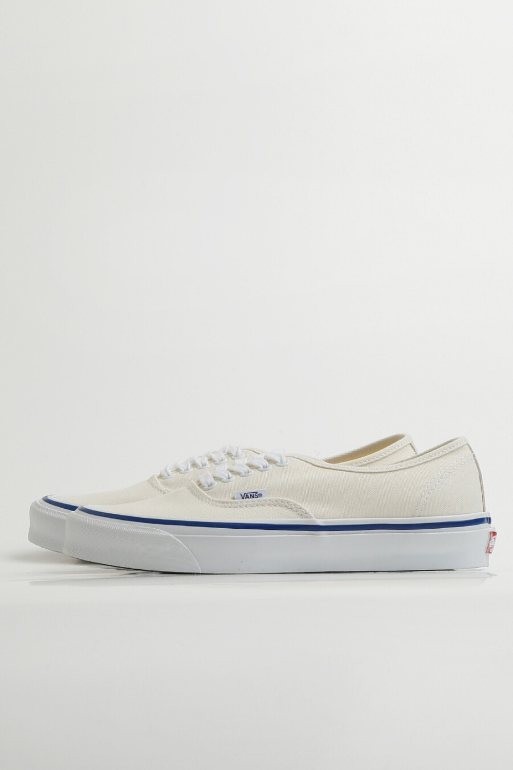 OG AUTHENTIC LX(CANVAS)CLASSIC WHITE