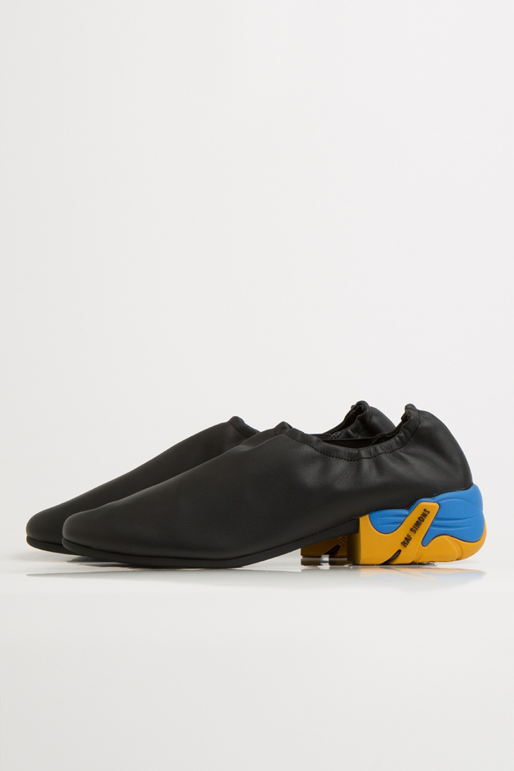 SOLARIS-1 LOW 202-983 BLACK/BLUE/YELLOW