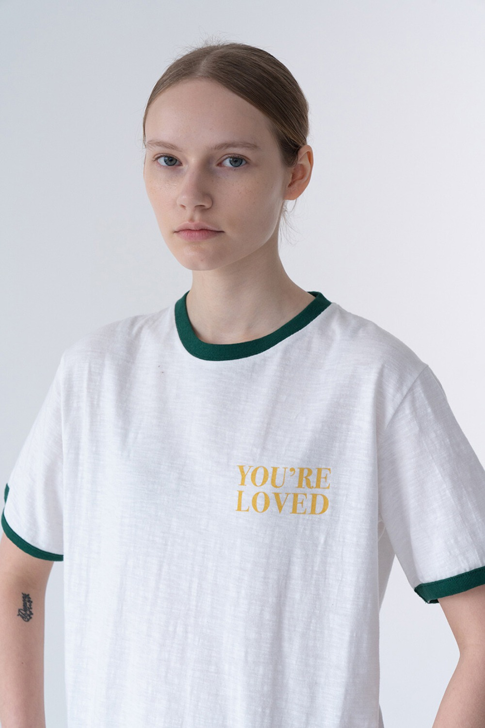 LOVED T-SHIRT WHITE + GREEN RIB