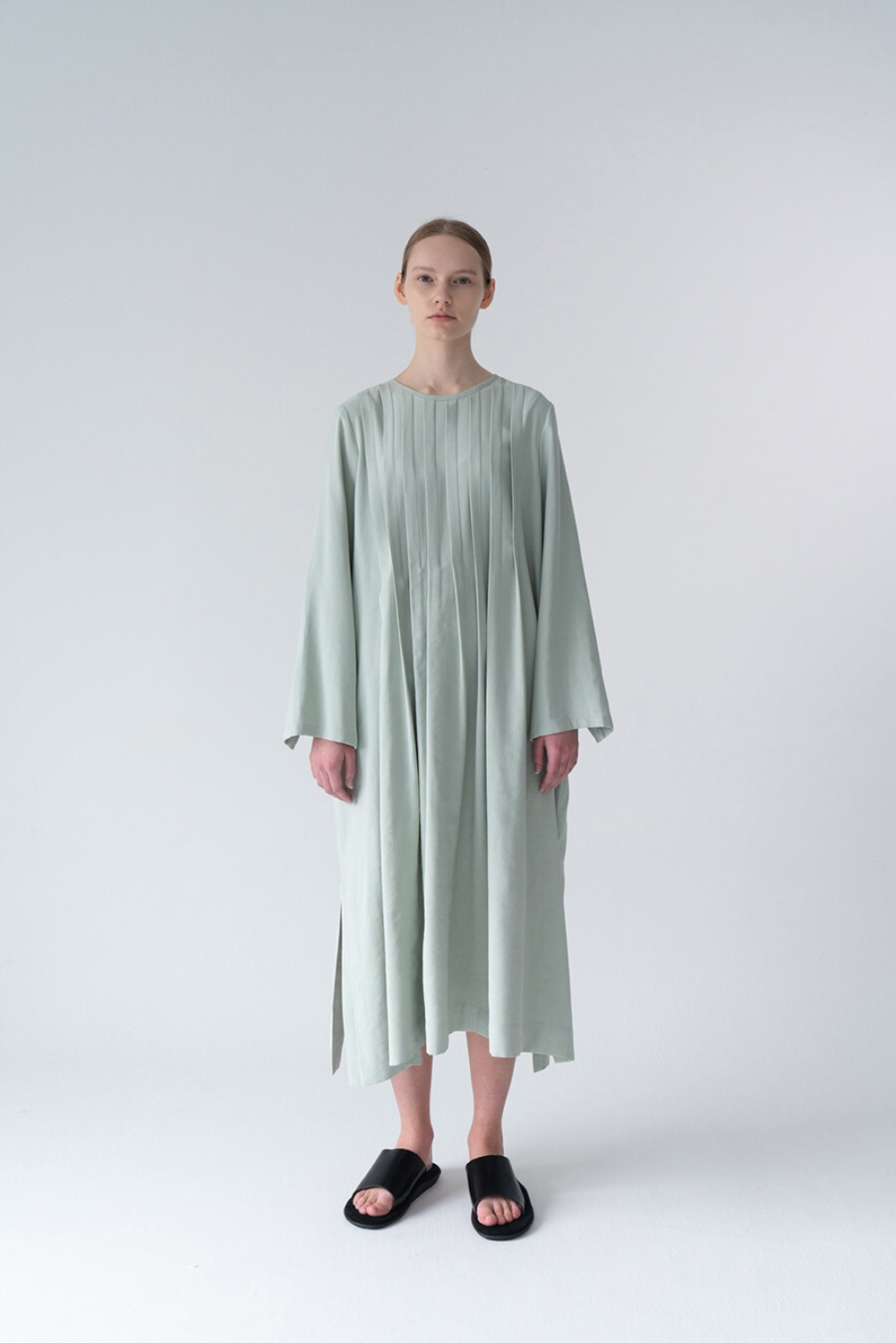 SIMPLE PINTUCK DRESS-MINT TENCEL