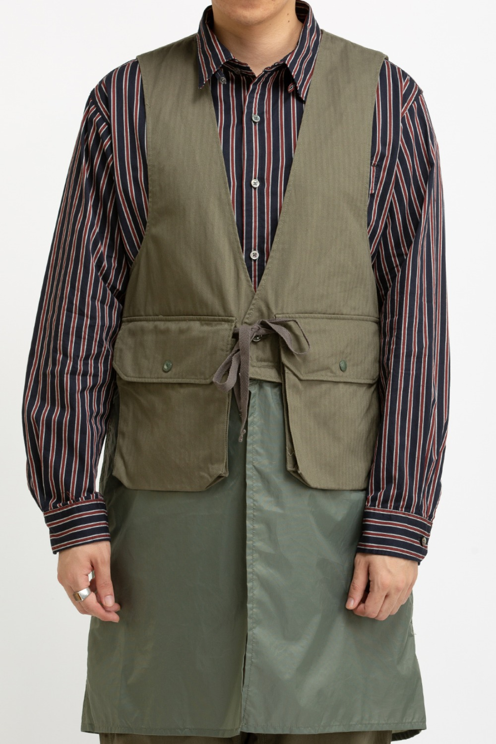 LONG FOWL VEST OLIVE COTTON HERRINGBONE