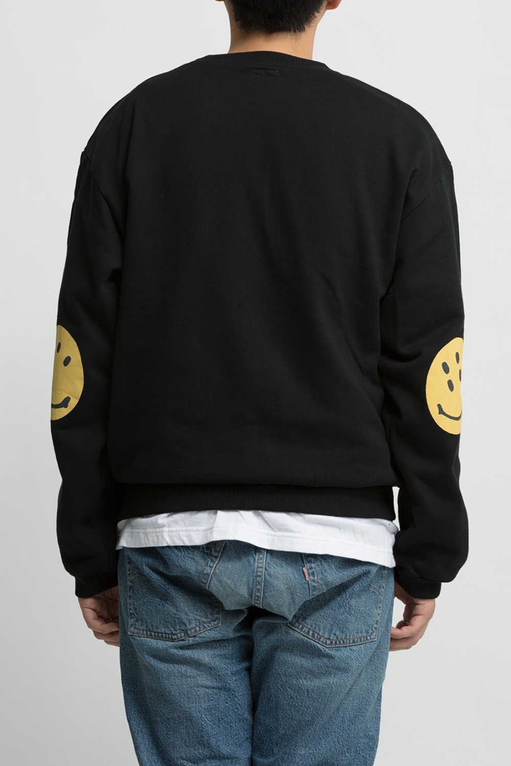 ECO FLEECE KNIT CREW SWT(SMILIE PATCH) BLACK