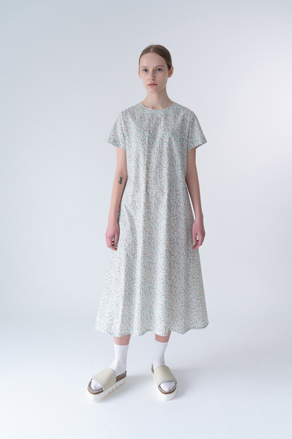 NEU DRESS-SMALL FLORAL