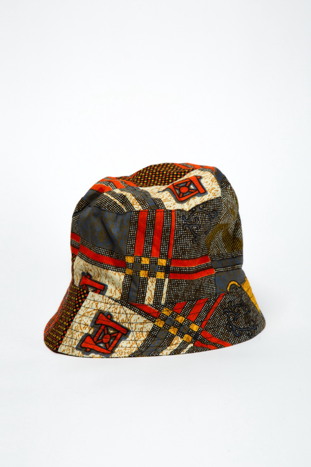 BUCKET HAT BLACK GOLD COTTON AFRICAN PRINT