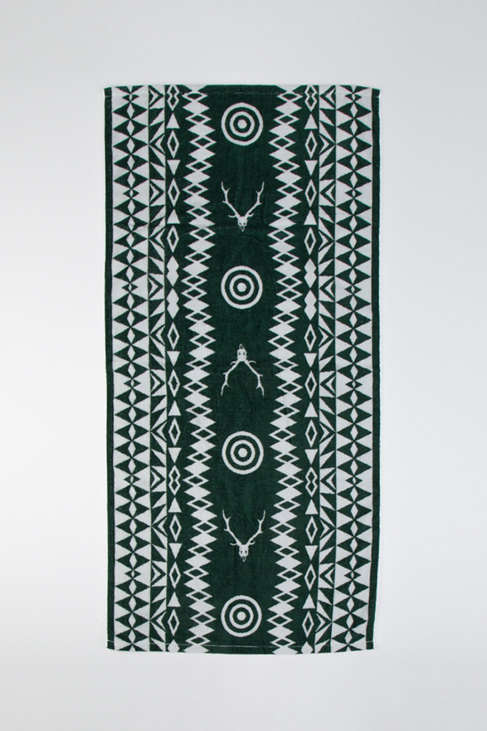 BATH TOWEL - COTTON JACQUARD/TARGET&SKULL