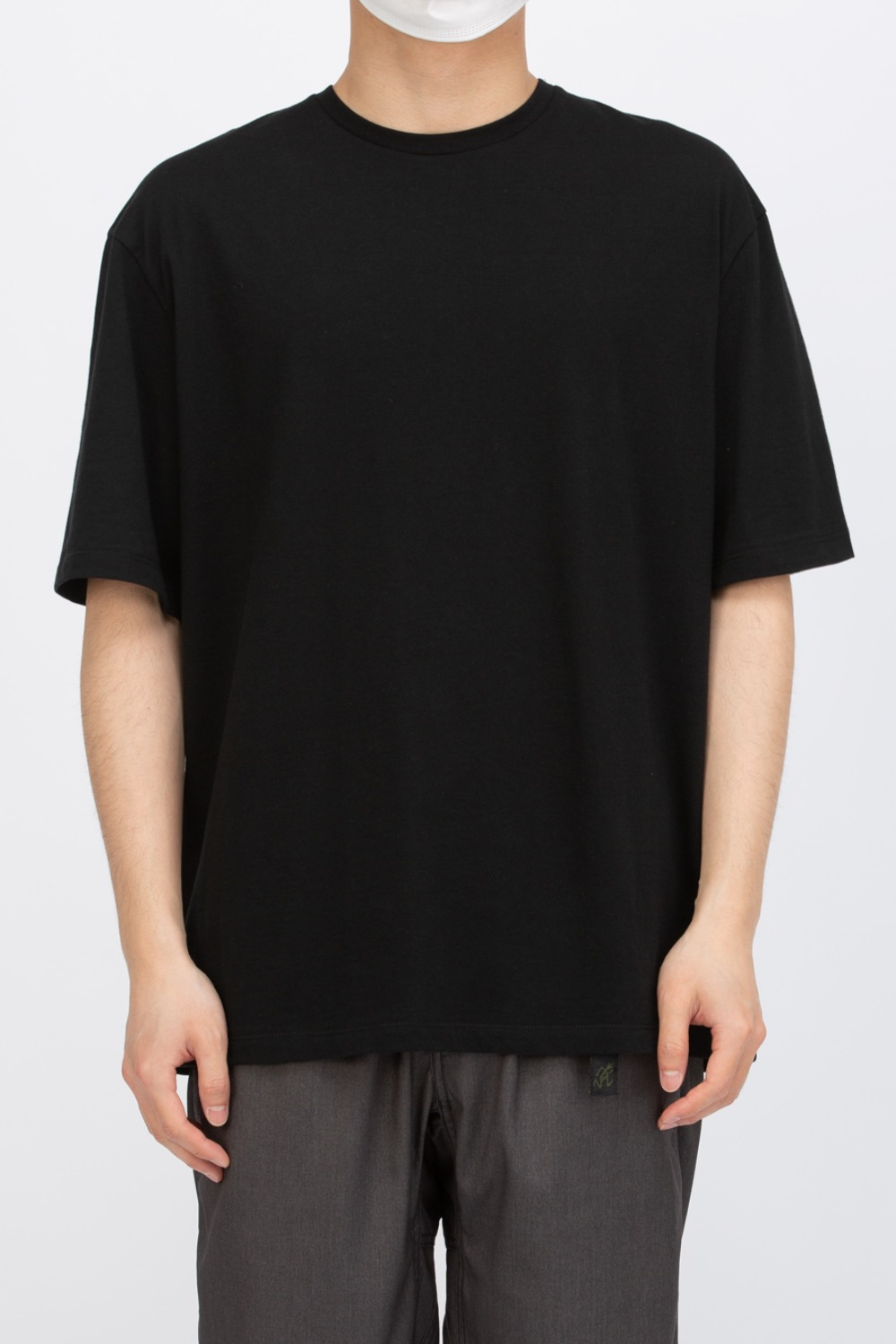 SHORT SLEEVE BASIC T-SHIRT BLACK